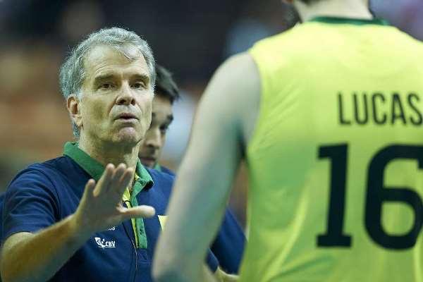 Bernadinho concilia Seleção e clube em temporada cheia