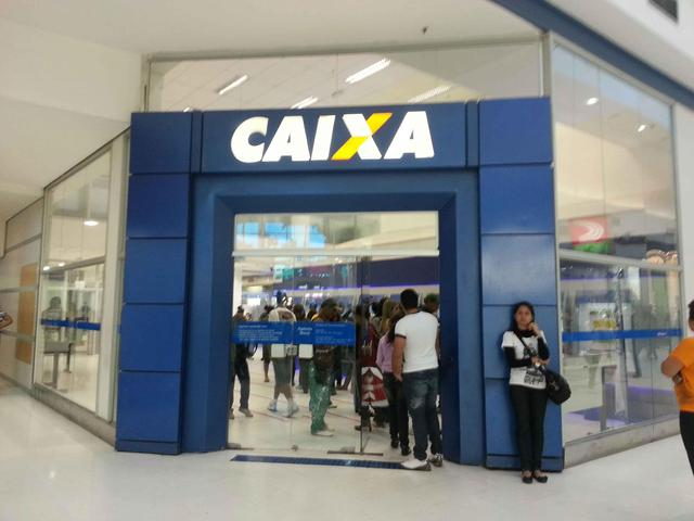 Caixa lidera ranking de reclama es de clientes pelo - Pisos banco caixa geral ...