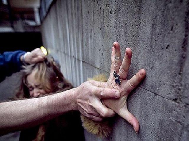 Jovem é sequestrada, estuprada e amarrada à ponte no ES