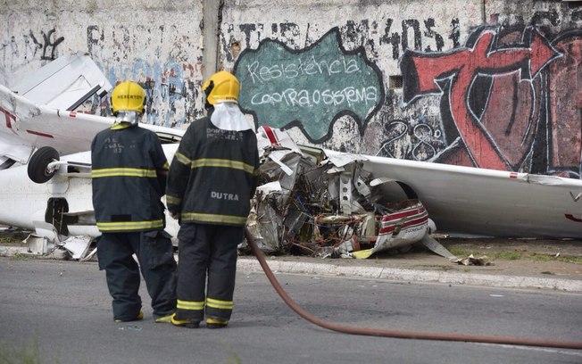 Aeronave cai na marginal do Anel Rodoviário, em Belo Horizonte