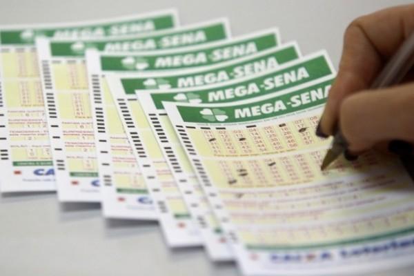Prêmio da mega-sena acumula em R$ 36 milhões
