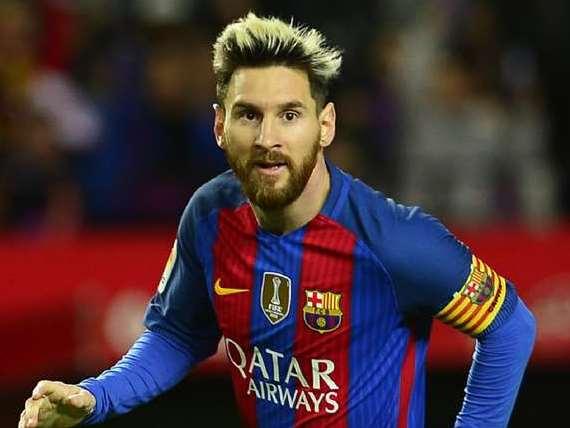 7b30a0b9d20 Diretor diz que Barcelona precisa ter cabeça fria para renovar contrato com  Messi