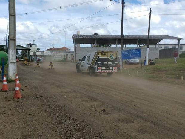 Após explosão de muro, presos fogem de penitenciária do Paraná