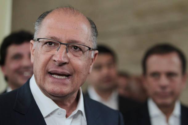 Geraldo Alckmin quer prévias antes do limite de troca partidária