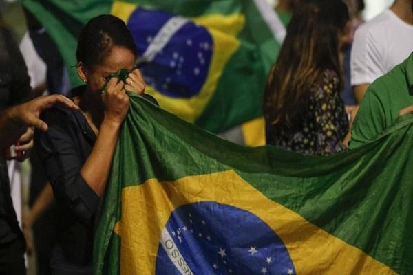 34% dizem ter vergonha de ser brasileiros, diz Datafolha