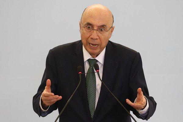 Atividade econômica deve cair no 2º trimestre diz Henrique Meirelles