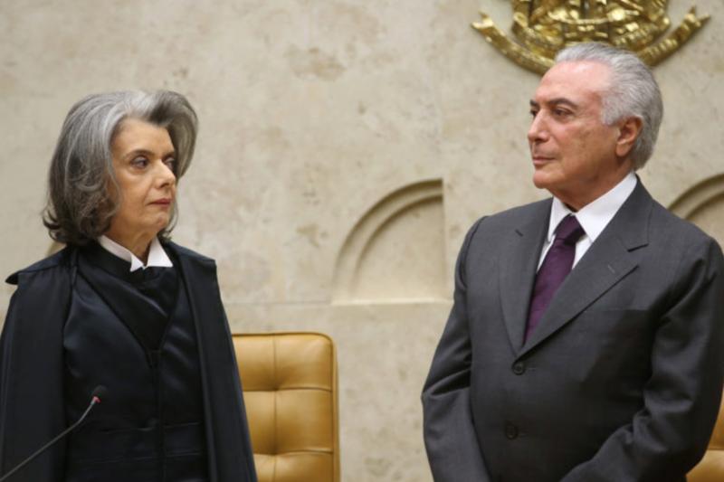 Temer se reúne com Rodrigo Maia antes de votação de denúncia