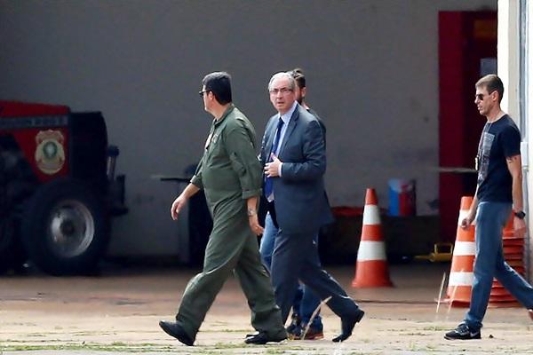 Cunha pede transferência para prisão no Distrito Federal
