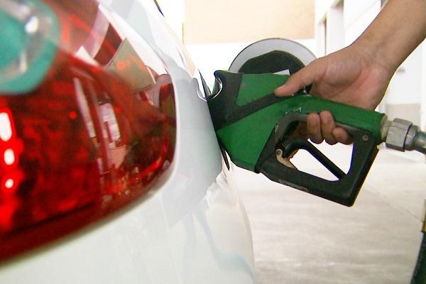 Preço da gasolina sobe e bate novo recorde no ano
