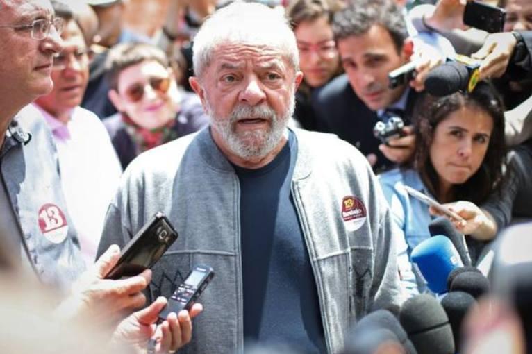 CPI do BNDES desiste do ex-presidente Lula, mas convoca Mantega e Coutinho