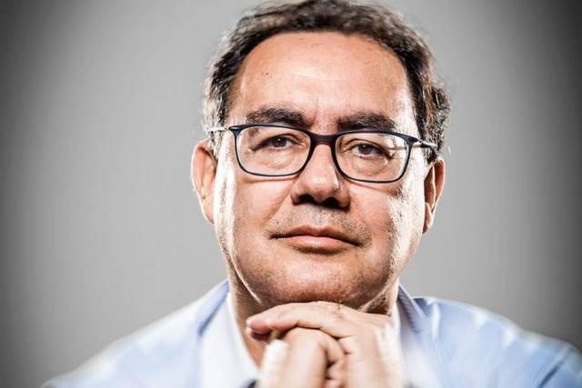 Augusto Cury faz análise de atrocidade e solidariza com famílias vítimas de ataque