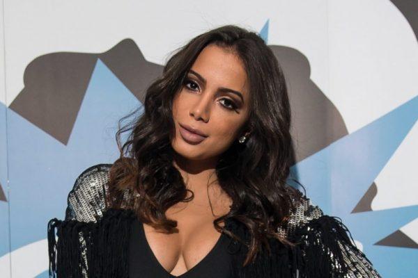 Anitta sofre ataques em pleno aniversário e desabafa sobre a situação