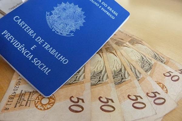 Cesta básica fica mais barata em Fortaleza em março, diz Dieese