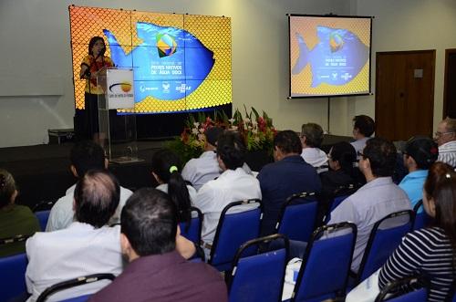 Feira Nacional de Peixes Nativos de Água Doce debate produção e industrialização