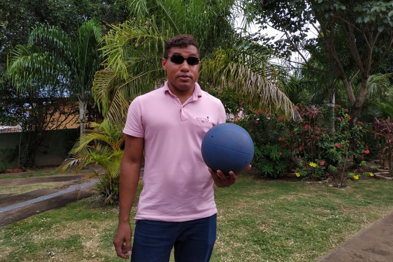 Jovem que perdeu a visão com 11 anos é destaque nacional no goalball