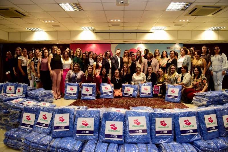 Campanha inicia distribuição de cobertores aos municípios