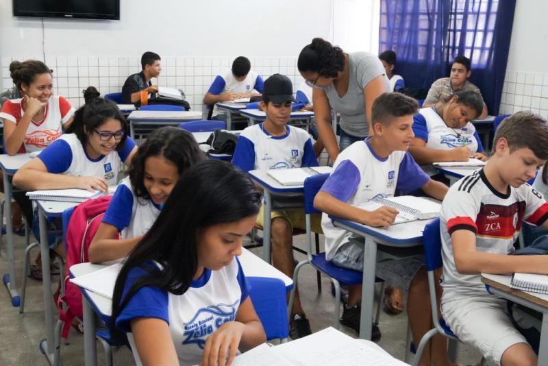 Resultado de imagem para Seduc orienta escolas a tomarem medidas para reduzir os efeitos do calor e baixa umidade