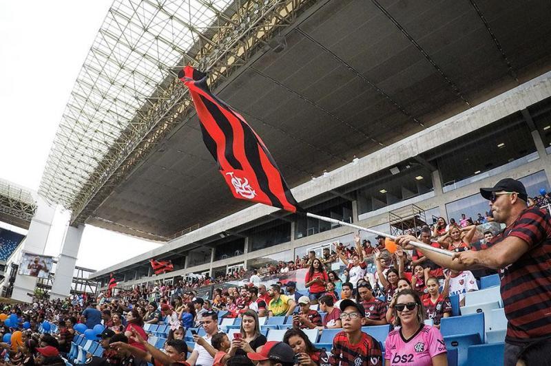 Oito mil torcedores assistem vitória do Flamengo em transmissão na Arena Pantanal